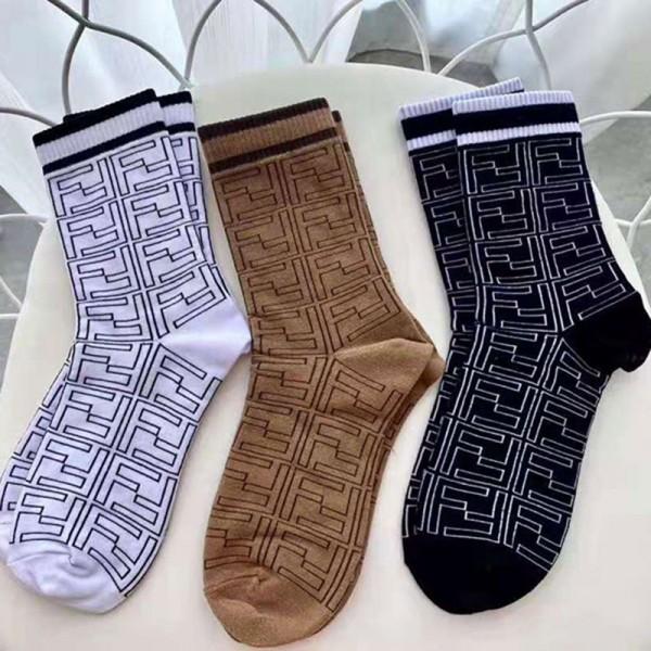 fendi フェンディ ウールジャガードソックス 防縮ウール メンズ レディース  ブランド 靴下 ロゴ柄 チェックソックス 靴下屋