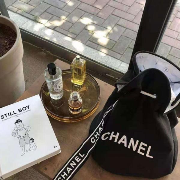CHANEL シャネル バッグ リュックサック ショルダーバッグ かわいい 女性 布製 大人気 ボストンバッグ 帯をひく 黒 ファッション シャネル 布バッグ リッシュ 激安 安い