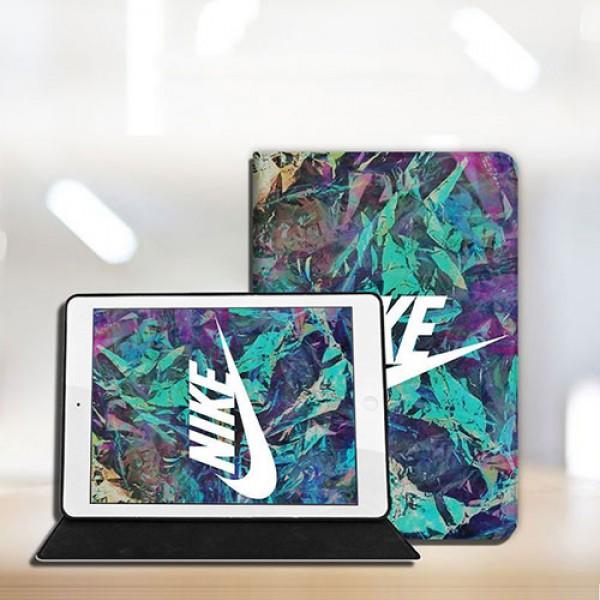 ナイキ Ipad pro 2021 8/7 世代 7.9/11inch 2020ケース ブランド アイパッドエア1/2/3/4ケース Nike 横開きiPad ミニ5/4/3/2/1手帳型カバー ブランドパロディ・レプリカ日本未入荷iPad Proケース 9.7インチ 2018/2017 メンズ レディース