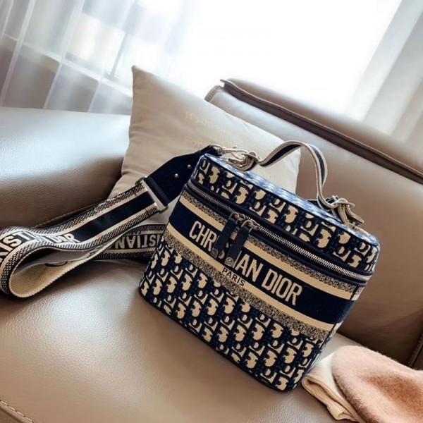 Christian Dior クリスチャン ブランド バニティケース ディオール オブリーク 斜めがけ 軽い  刺繍 プレゼント 韓国 ファッション 化粧品ポーチ  レディース