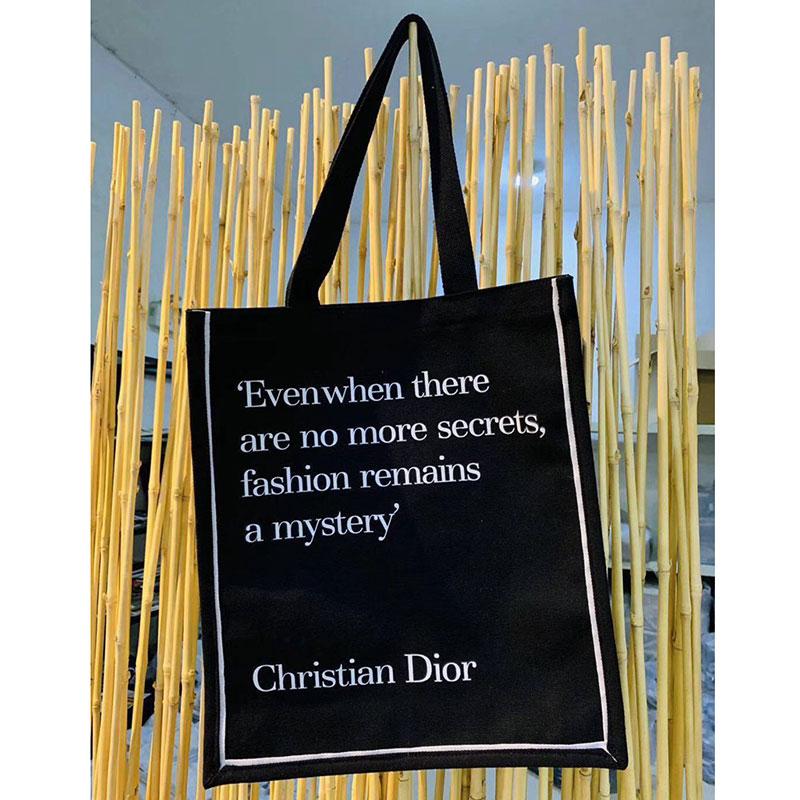 V&A Dior ブラック キャンバス トートバック